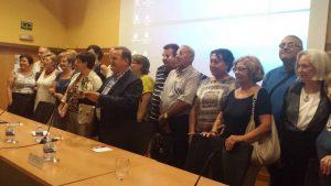 Imagen de grupo del acto de entrega de IX Premio Adrián López a AFEMA