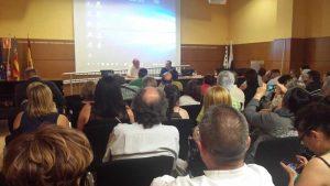 Imagen del acto de entrega de IX Premio Adrián López a AFEMA