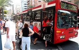 Uno de los autobuses integrados en el TAM de Alicante